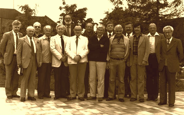 JPOTS Meeting in Sidney, BC, Canada, 1980.   Left to right: J.Crease, W.Kroebel, T.Dauphinee, F.Culkin, C.Ross, E.Lewis, J.Gieskes, S.Morcos, A.Poisson, O.Mamayev, F.Millero, N.Fofonoff, R.Perkin, F.Fisher, M.Ménaché.